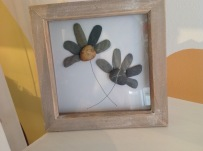 Pebble Art flowers £15