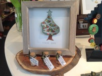 Framed Seaglass Christmas Tree £14