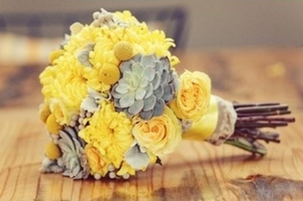yellow-and-grey-bouquet